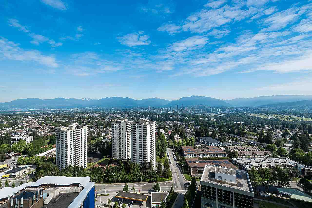 "Main Photo: 3101 5883 BARKER Avenue in Burnaby: Metrotown Condo for sale in ""ALDYNNE ON THE PARK"" (Burnaby South)  : MLS®# R2372659"