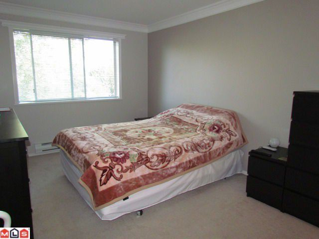 Photo 7: Photos: 414 2962 TRETHEWEY Street in Abbotsford: Abbotsford West Condo for sale : MLS®# F1122270