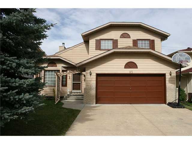 Main Photo: 93 SUNDOWN Close SE in CALGARY: Sundance Residential Detached Single Family for sale (Calgary)  : MLS®# C3494208