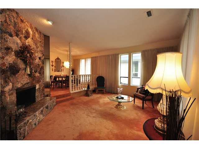 "Main Photo: 4440 LANCELOT Drive in Richmond: Boyd Park House for sale in ""BOYD PARK"" : MLS®# V1046615"