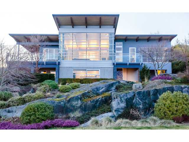 "Main Photo: 4241 ROCKRIDGE Crescent in West Vancouver: Rockridge House for sale in ""ROCKRIDGE"" : MLS®# V1053938"