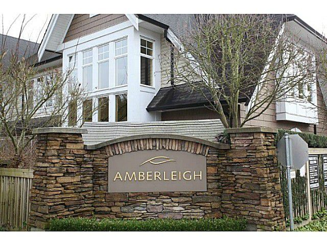 Main Photo: 25 20540 66TH Avenue in Langley: Willoughby Heights Townhouse for sale : MLS®# F1429661