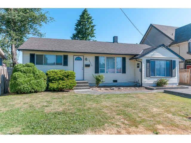 Main Photo: 46619 CEDAR Avenue in Chilliwack: Chilliwack E Young-Yale House for sale : MLS®# H2152613