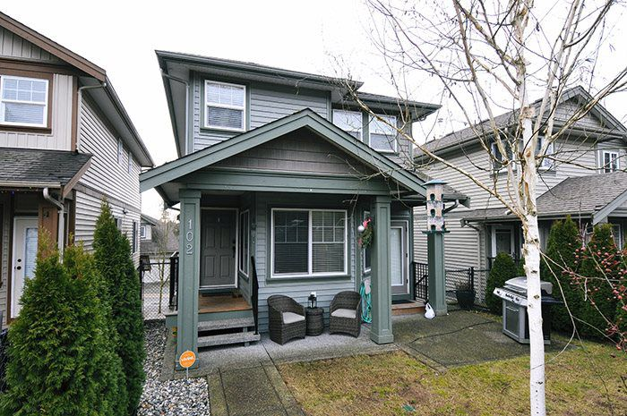 """Main Photo: 102 23925 116 Avenue in Maple Ridge: Cottonwood MR House for sale in """"CHERRY HILLS"""" : MLS®# R2028558"""