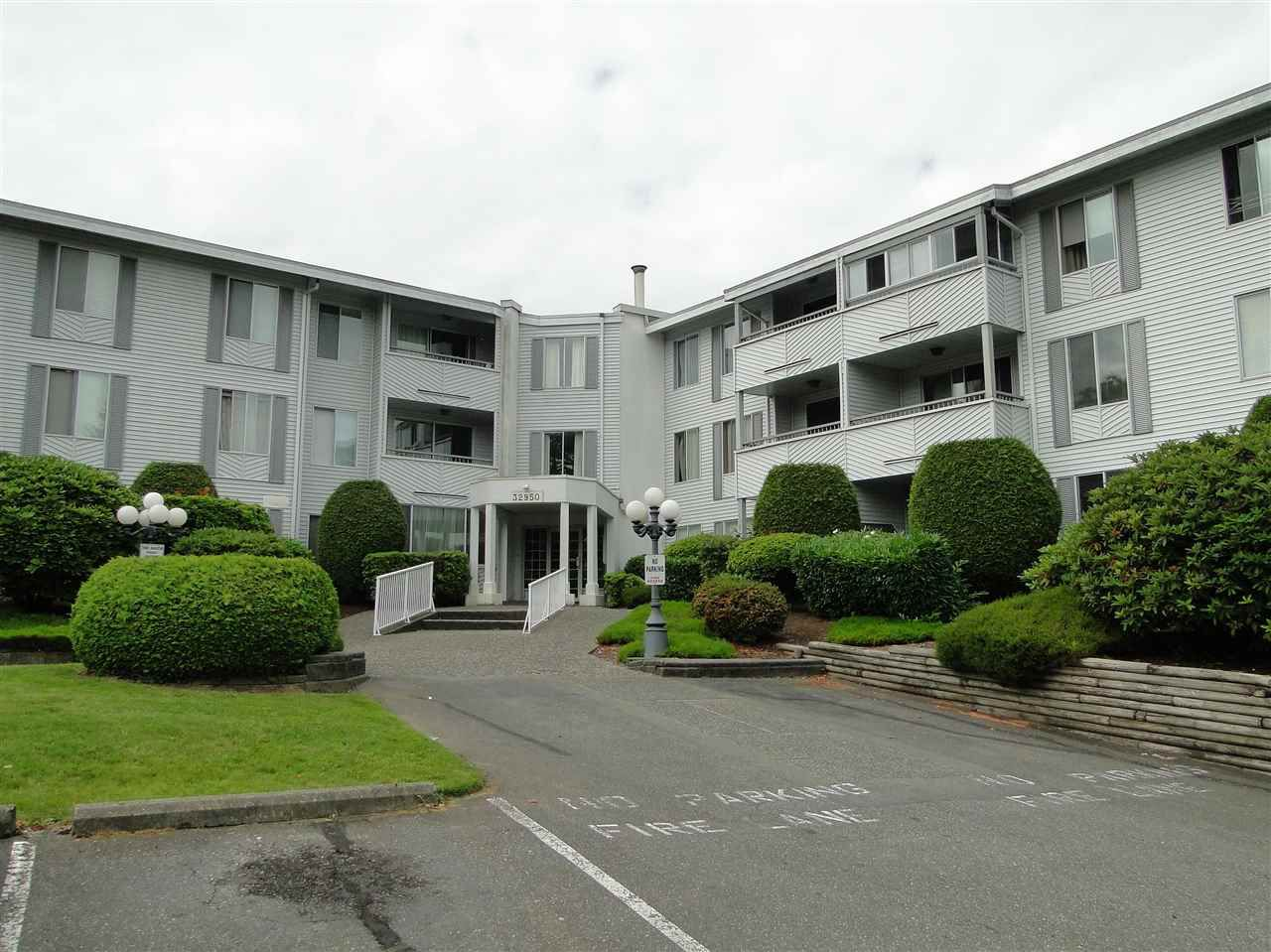 "Main Photo: 201 32950 AMICUS Place in Abbotsford: Central Abbotsford Condo for sale in ""The Haven"" : MLS®# R2079239"