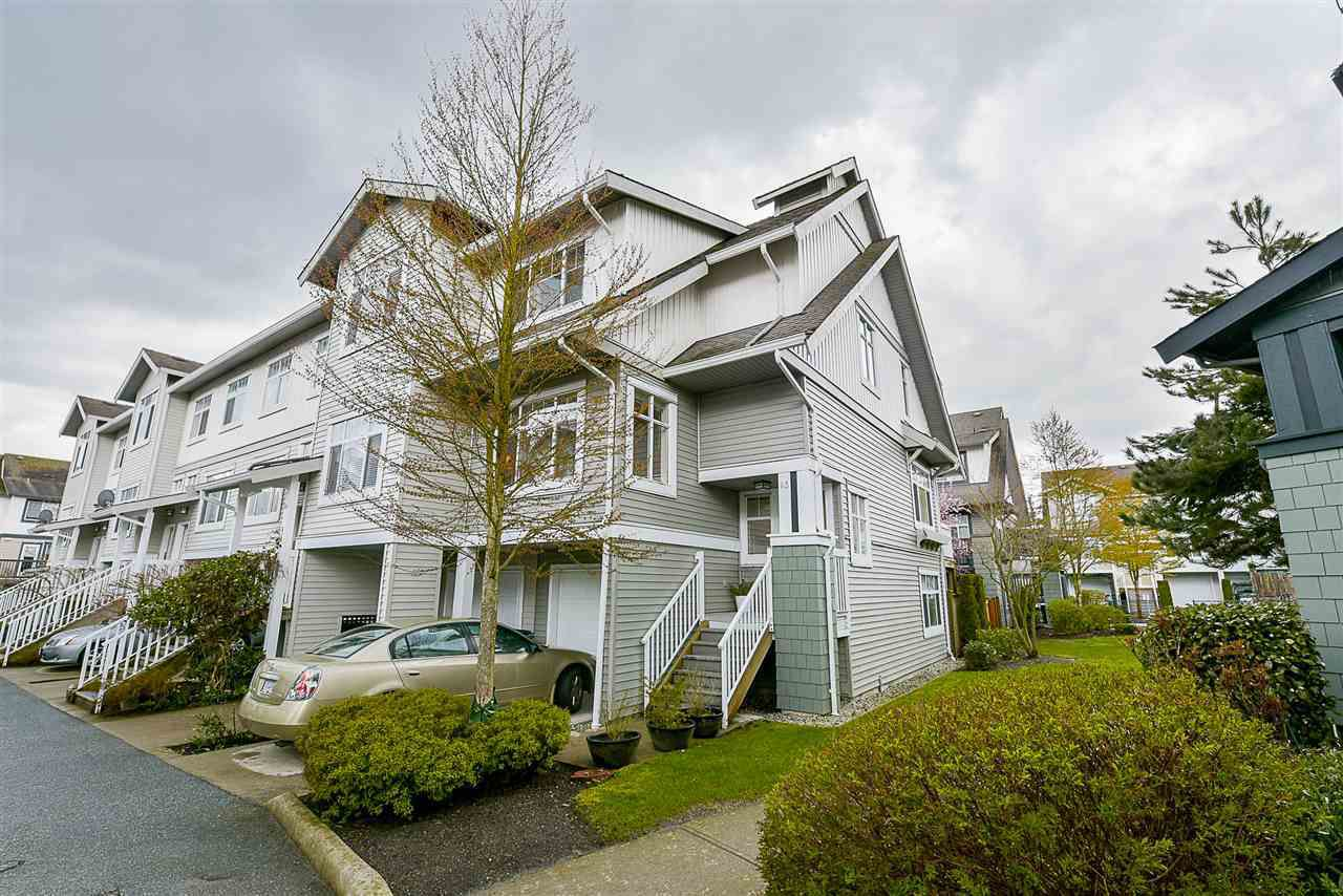 "Main Photo: 83 16233 83 Avenue in Surrey: Fleetwood Tynehead Townhouse for sale in ""Veranda"" : MLS®# R2171273"