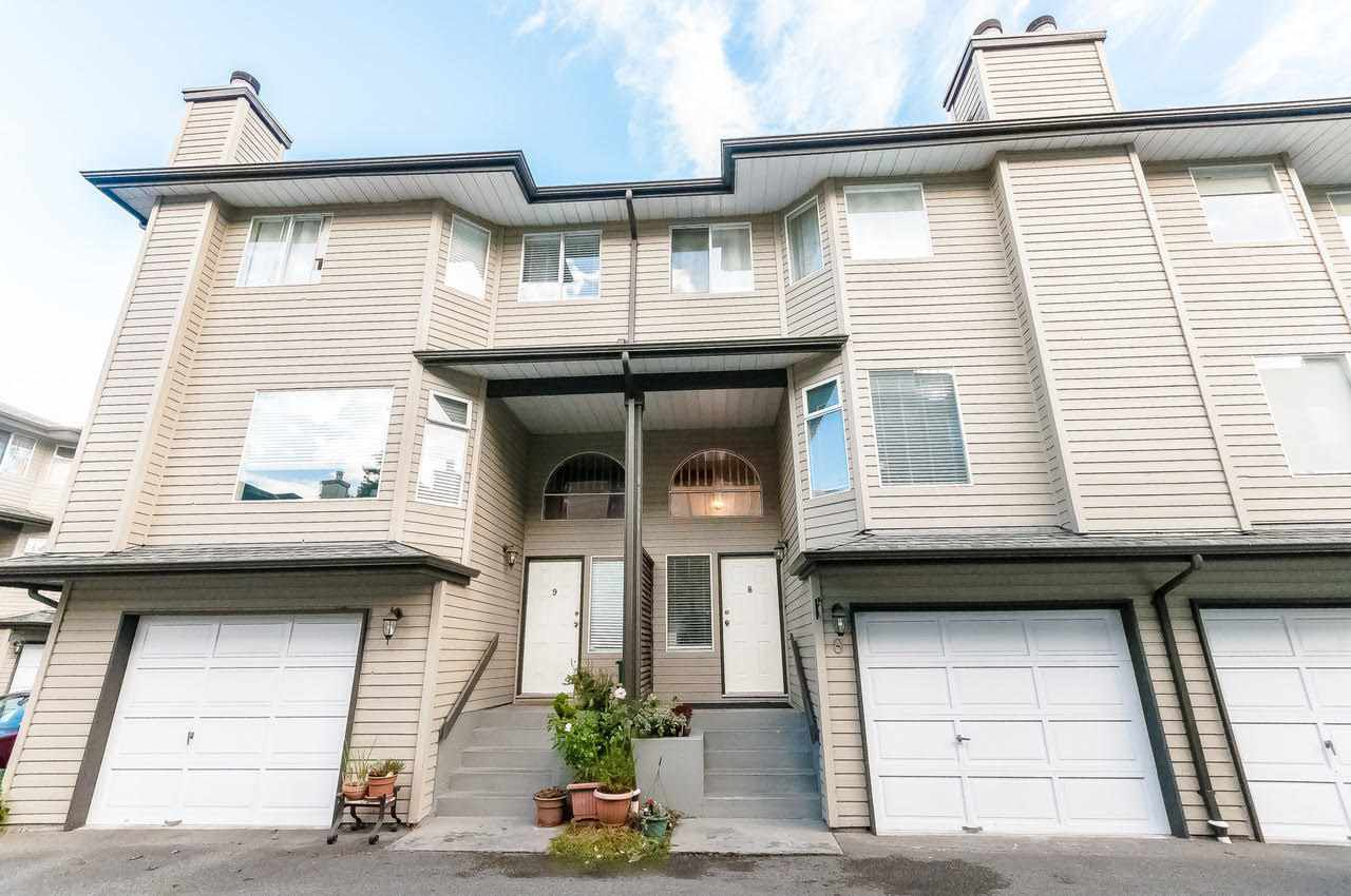 """Main Photo: 8 8751 BENNETT Road in Richmond: Brighouse South Townhouse for sale in """"BENNET COURT"""" : MLS®# R2207228"""