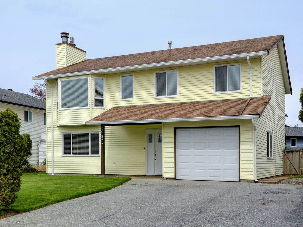 Main Photo: 21077 118TH Avenue in Maple Ridge: Southwest Maple Ridge House for sale : MLS®# R2259187