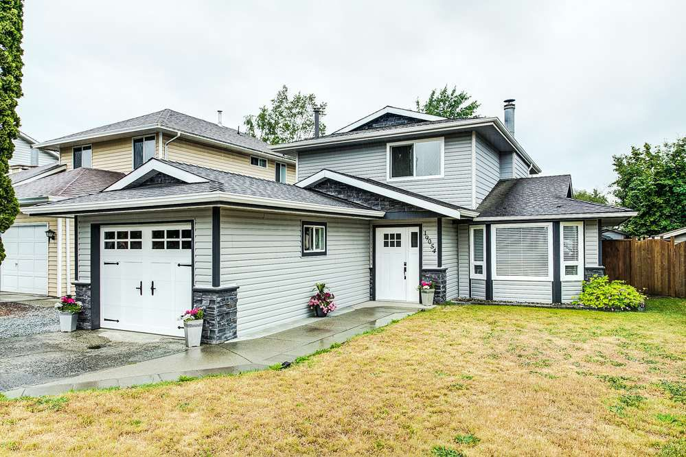 Main Photo: 19054 117B Avenue in Pitt Meadows: Central Meadows House for sale : MLS®# R2278370