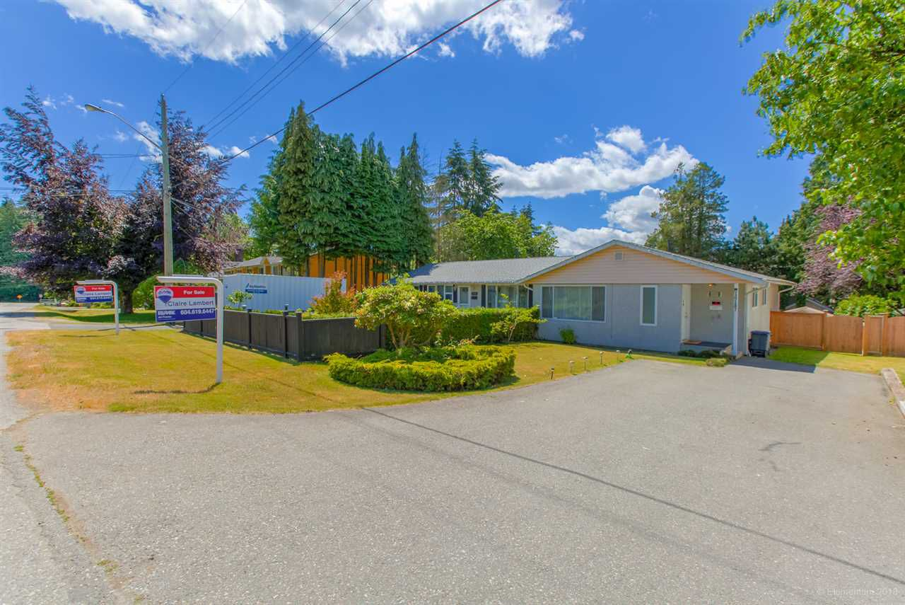 Main Photo: 10185 & 10187 144A Street in Surrey: Guildford House Duplex for sale (North Surrey)  : MLS®# R2279313