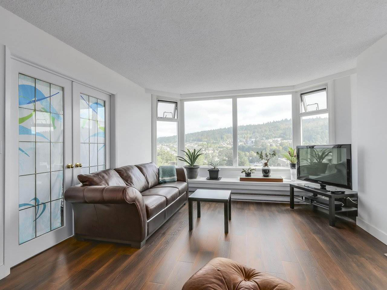"""Main Photo: 1706 7321 HALIFAX Street in Burnaby: Simon Fraser Univer. Condo for sale in """"AMBASSADOR"""" (Burnaby North)  : MLS®# R2301464"""