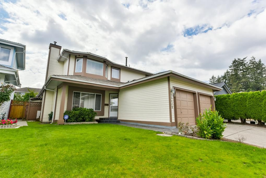 Main Photo: 15428 91 Avenue in Surrey: Fleetwood Tynehead House for sale : MLS®# R2301841