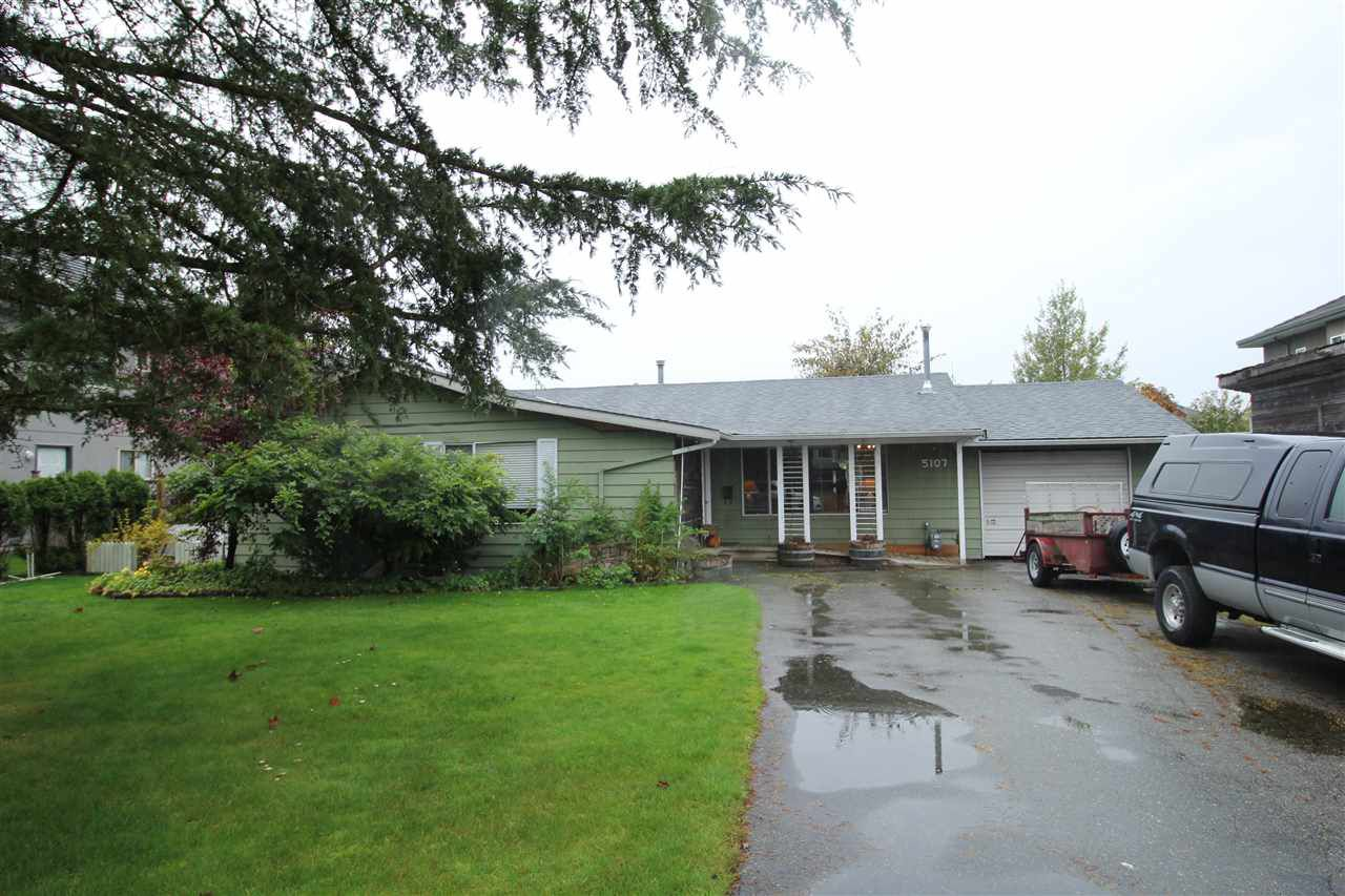 "Main Photo: 5107 215 Street in Langley: Murrayville House for sale in ""Murrayville"" : MLS®# R2318535"