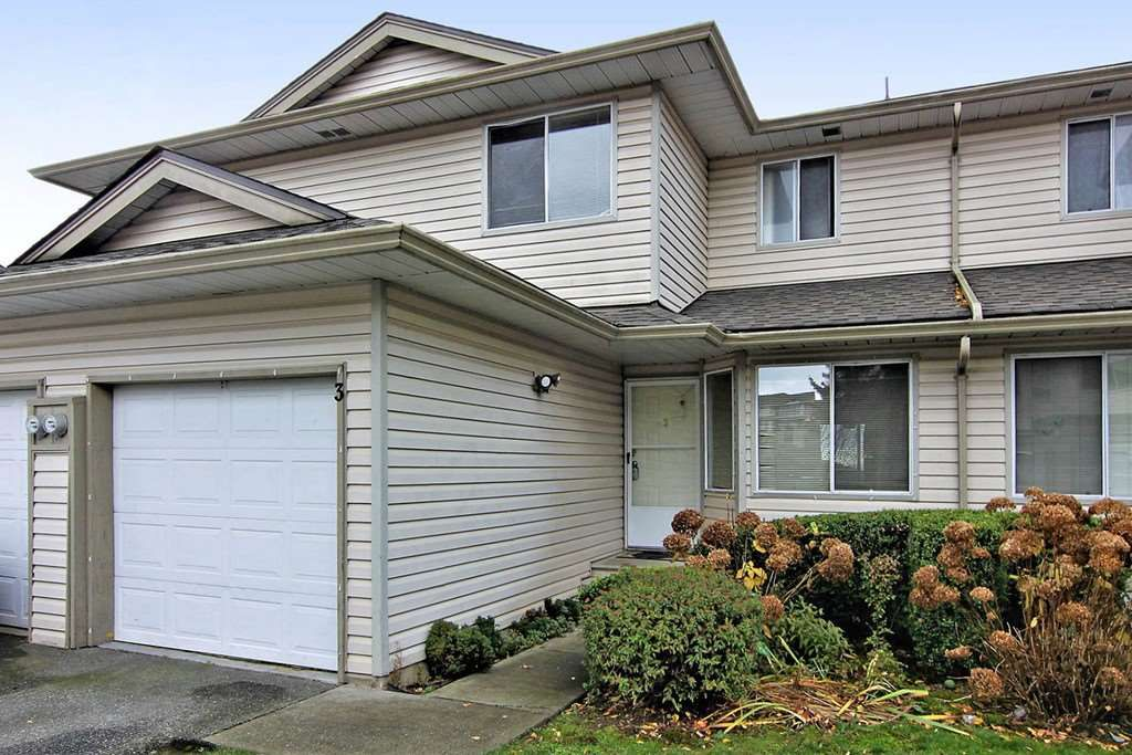 "Main Photo: 3 3070 TOWNLINE Road in Abbotsford: Abbotsford West Townhouse for sale in ""Westfield Place"" : MLS®# R2358282"