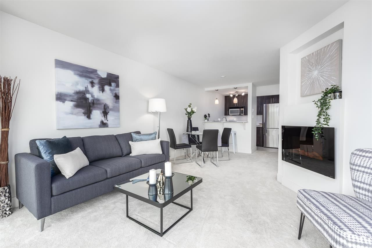 """Main Photo: 305 5 K DE K Court in New Westminster: Quay Condo for sale in """"Quayside Terrace"""" : MLS®# R2366534"""