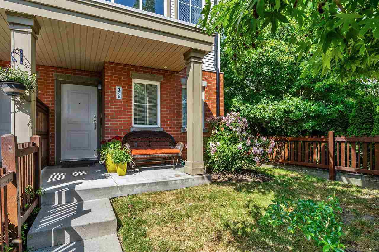"""Main Photo: 128 19505 68A Avenue in Surrey: Clayton Townhouse for sale in """"Clayton Rise"""" (Cloverdale)  : MLS®# R2383491"""