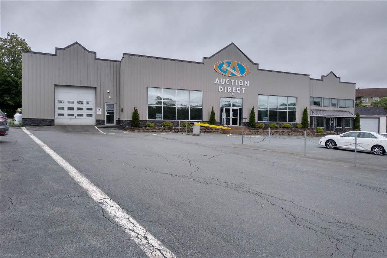 Main Photo: 115 Sackville Drive in Lower Sackville: 25-Sackville Commercial  (Halifax-Dartmouth)  : MLS®# 201915700