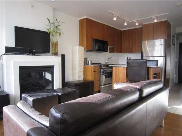 """Main Photo: 204 989 BEATTY Street in Vancouver: Downtown VW Condo for sale in """"THE NOVA"""" (Vancouver West)  : MLS®# V879834"""