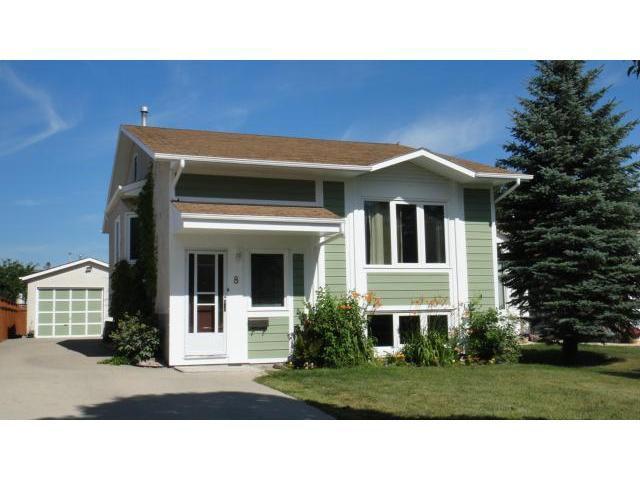Main Photo: 8 ANSELL Court in WINNIPEG: West Kildonan / Garden City Residential for sale (North West Winnipeg)  : MLS®# 1114416
