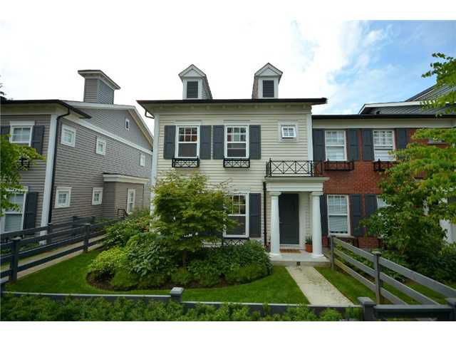 """Main Photo: 39 688 EDGAR Avenue in Coquitlam: Coquitlam West Townhouse for sale in """"GABLE"""" : MLS®# V902959"""