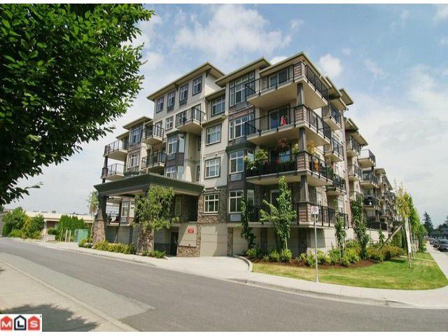 """Main Photo: 401 9060 BIRCH Street in Chilliwack: Chilliwack W Young-Well Condo for sale in """"THE ASPEN GROVE"""" : MLS®# H1103555"""