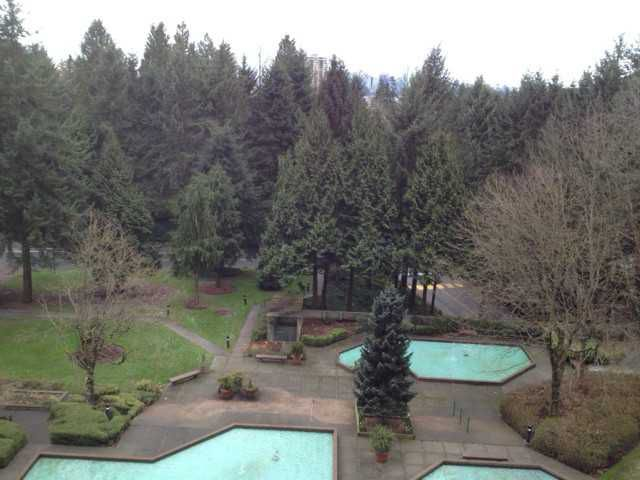 Main Photo: 2012 FULLERTON Avenue in North Vancouver: Pemberton NV Condo for sale : MLS®# V994614