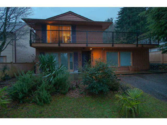 Main Photo: 6438 - 6440 DOUGLAS ST in West Vancouver: Horseshoe Bay WV House Duplex for sale : MLS®# V1041763