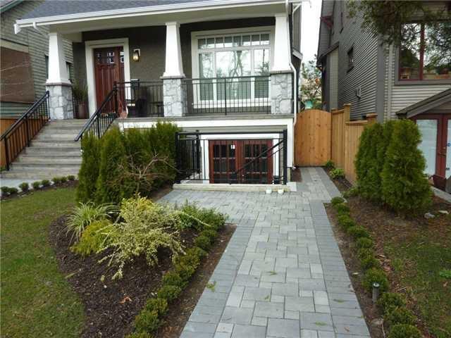 Main Photo: 3647 W 1ST AV in Vancouver: Kitsilano House 1/2 Duplex for sale (Vancouver West)  : MLS®# V935236