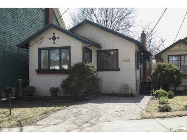 Main Photo: 902 Palmerston Avenue in WINNIPEG: West End / Wolseley Residential for sale (West Winnipeg)  : MLS®# 1508703