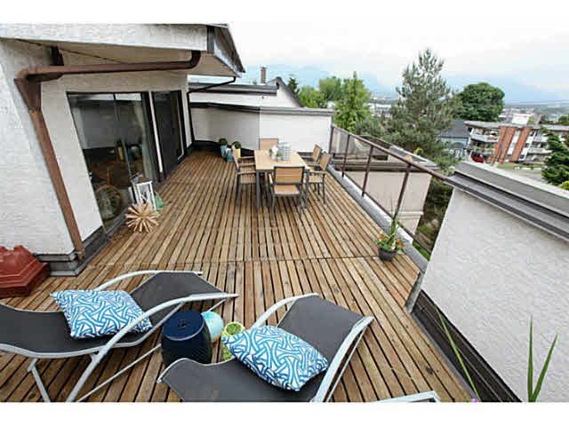 Huge deck with mountain views.