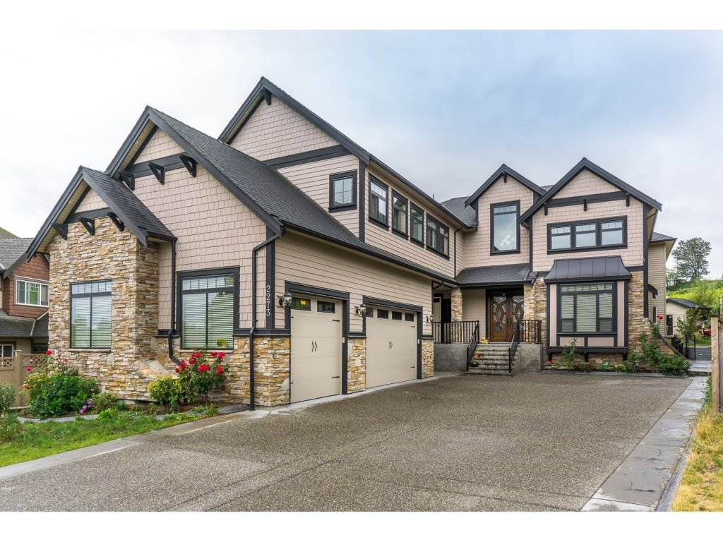Main Photo: 2273 CHARDONNAY Lane in Abbotsford: Aberdeen House for sale : MLS®# R2094873