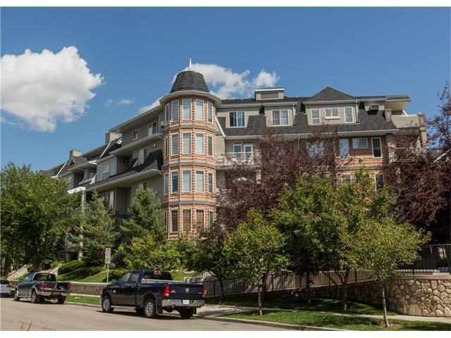 Main Photo:  in Calgary: Condo for sale : MLS®# C4076180