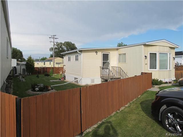 Main Photo:  in St Clements: Pineridge Trailer Park Residential for sale (R02)  : MLS®# 1621678