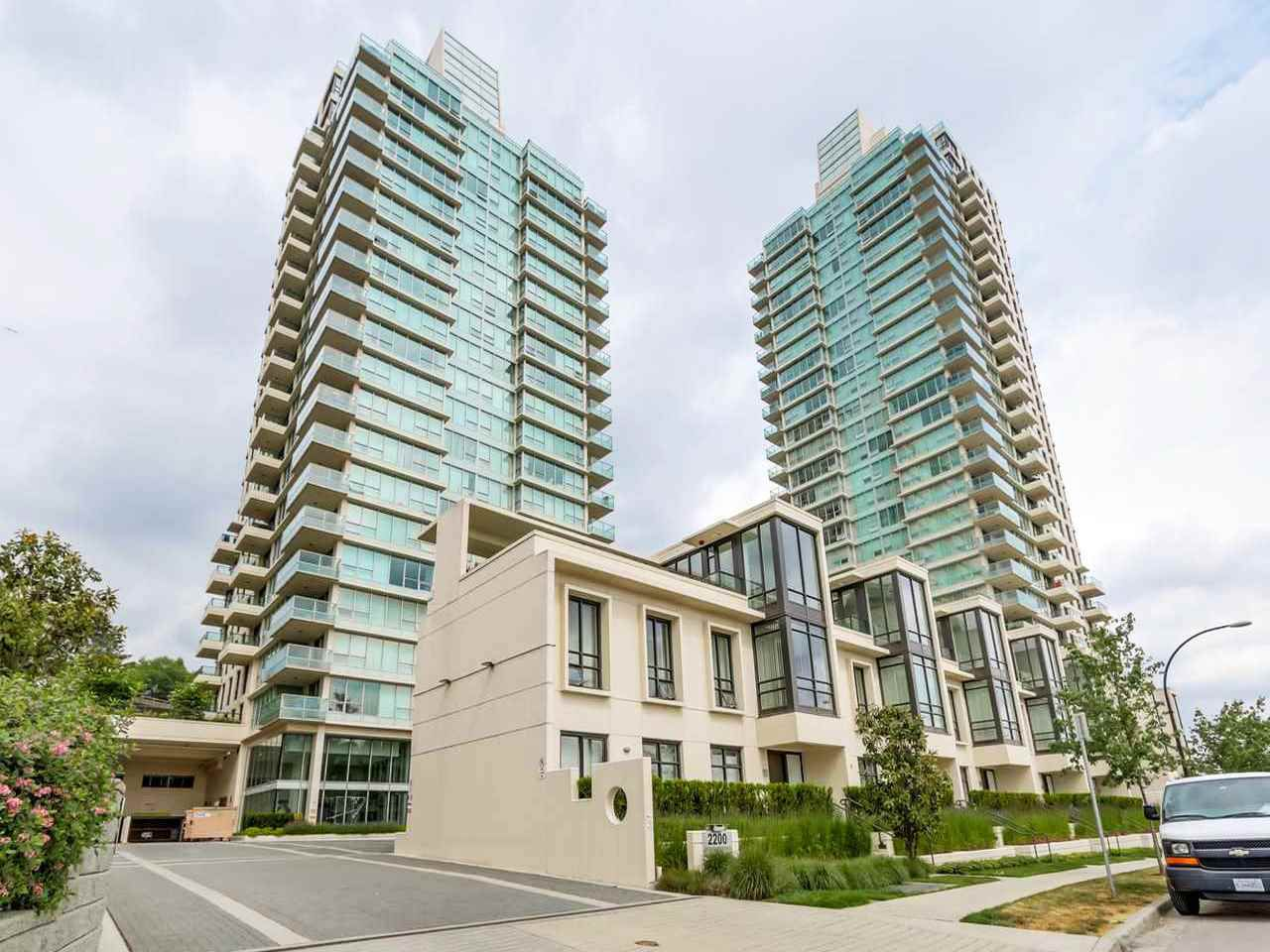"""Main Photo: 2006 2200 DOUGLAS Road in Burnaby: Brentwood Park Condo for sale in """"AFFINITY BY BOSA"""" (Burnaby North)  : MLS®# R2218056"""