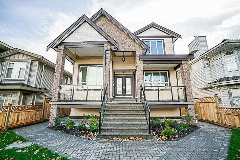Main Photo: 640 EWEN Avenue in New Westminster: Queensborough House for sale : MLS®# R2219700