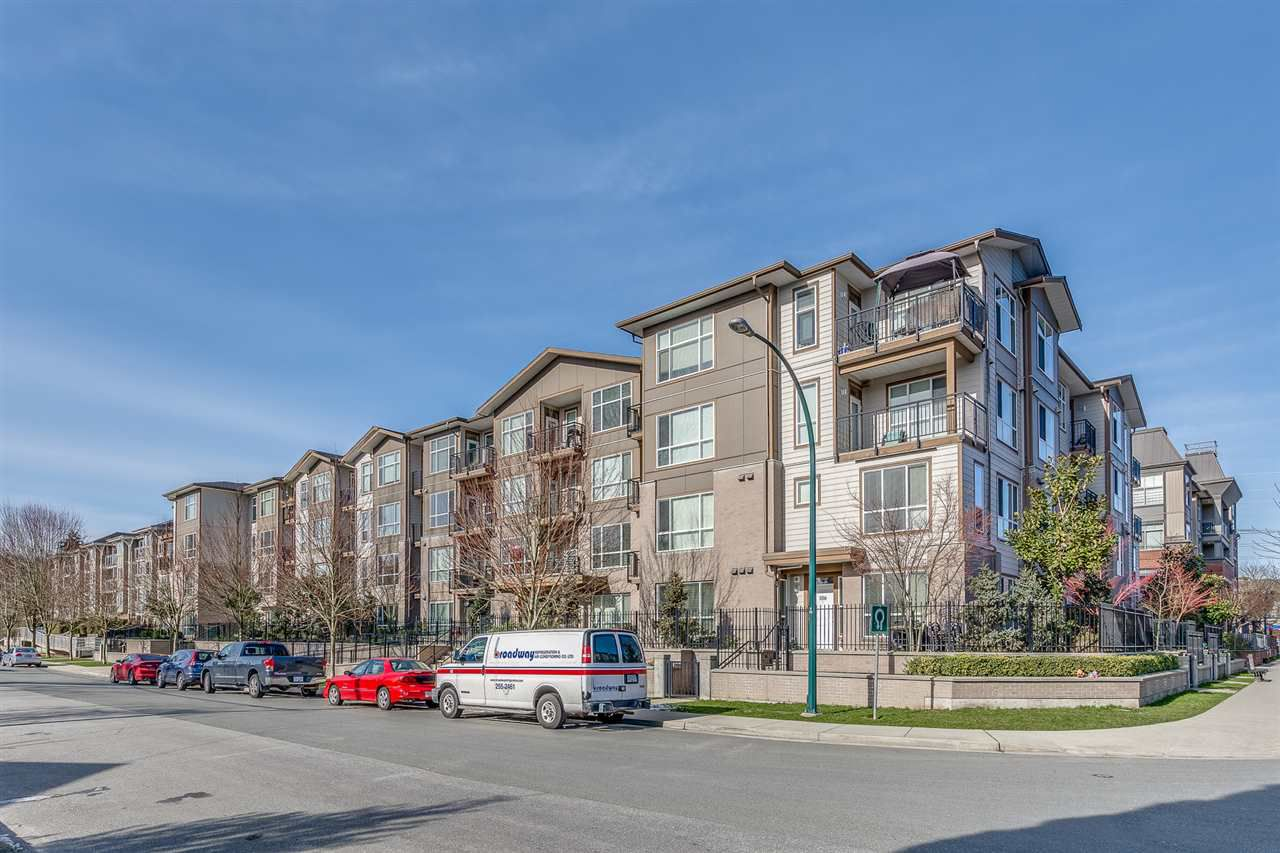 """Main Photo: 309 2343 ATKINS Avenue in Port Coquitlam: Central Pt Coquitlam Condo for sale in """"THE PEARL"""" : MLS®# R2241783"""