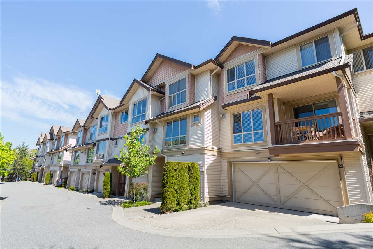 """Main Photo: 20 20350 68 Avenue in Langley: Willoughby Heights Townhouse for sale in """"Sunridge"""" : MLS®# R2265524"""