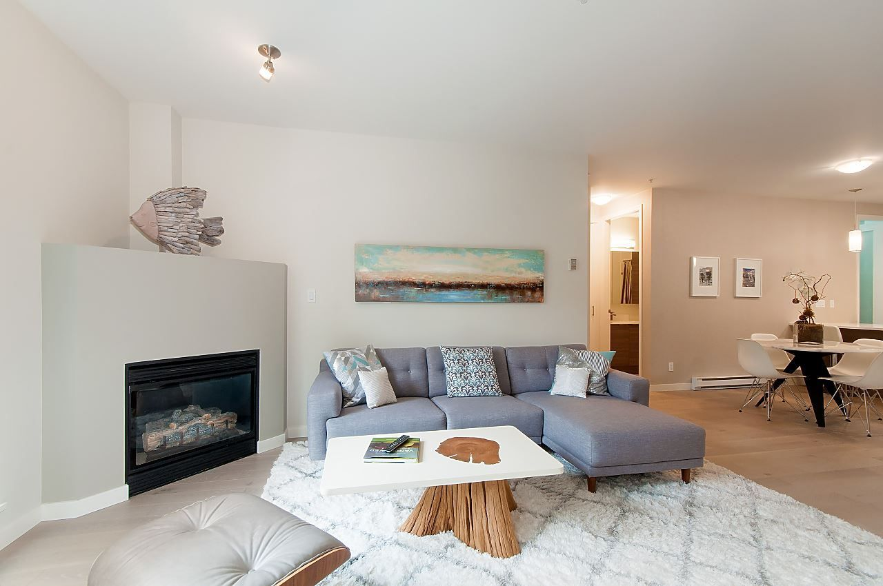 "Main Photo: 207 2065 W 12TH Avenue in Vancouver: Kitsilano Condo for sale in ""The Sydney"" (Vancouver West)  : MLS®# R2299867"