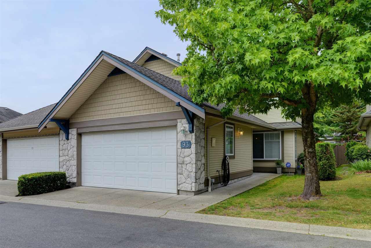 "Main Photo: 93 8888 151 Street in Surrey: Bear Creek Green Timbers Townhouse for sale in ""CARLINGWOOD"" : MLS®# R2304225"