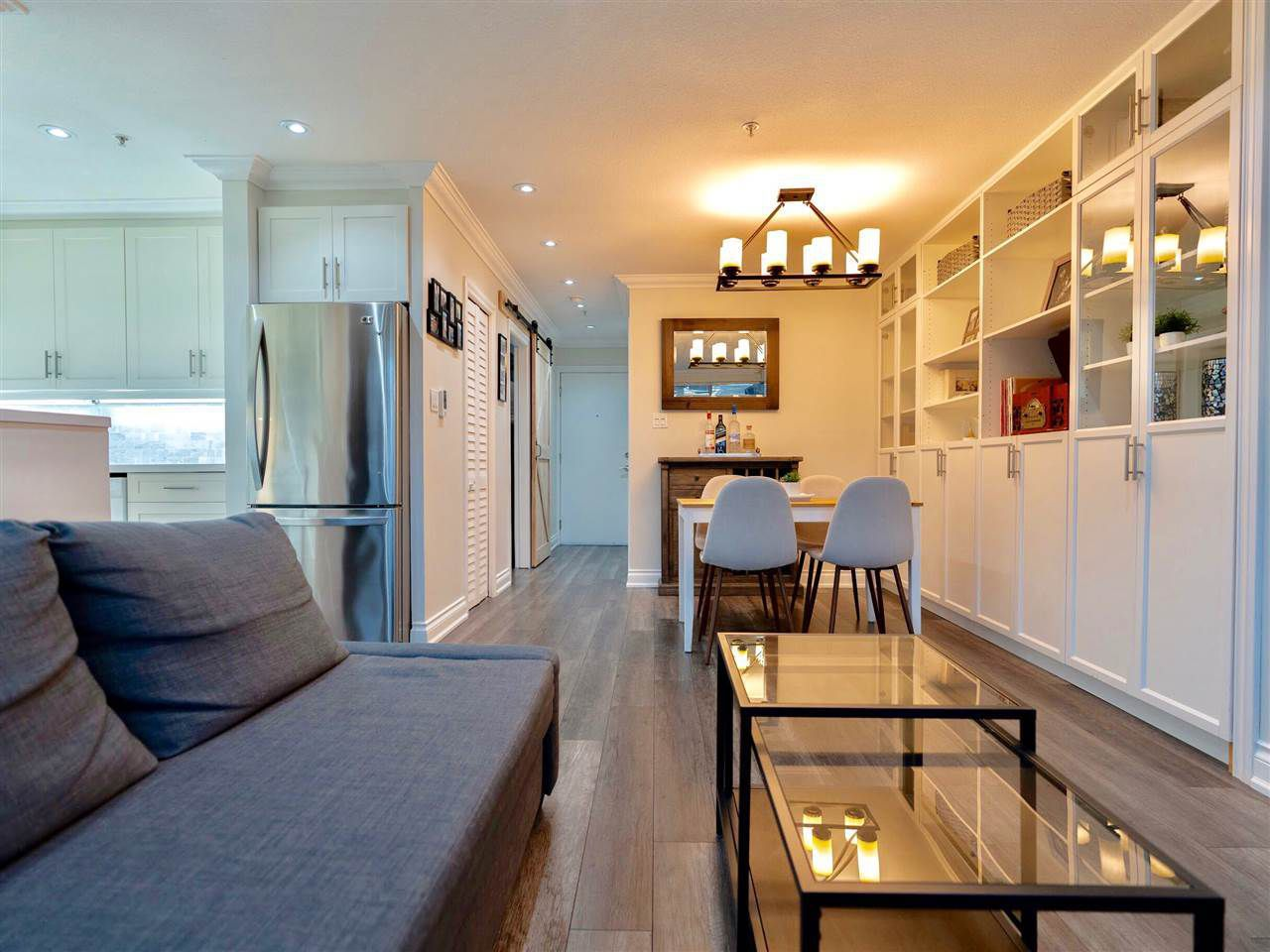 Main Photo: 203 2287 W 3RD Avenue in Vancouver: Kitsilano Condo for sale (Vancouver West)  : MLS®# R2320768