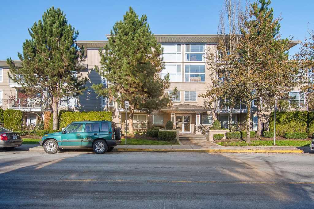 Main Photo: 107 22255 122 Avenue in Maple Ridge: West Central Condo for sale : MLS®# R2324195