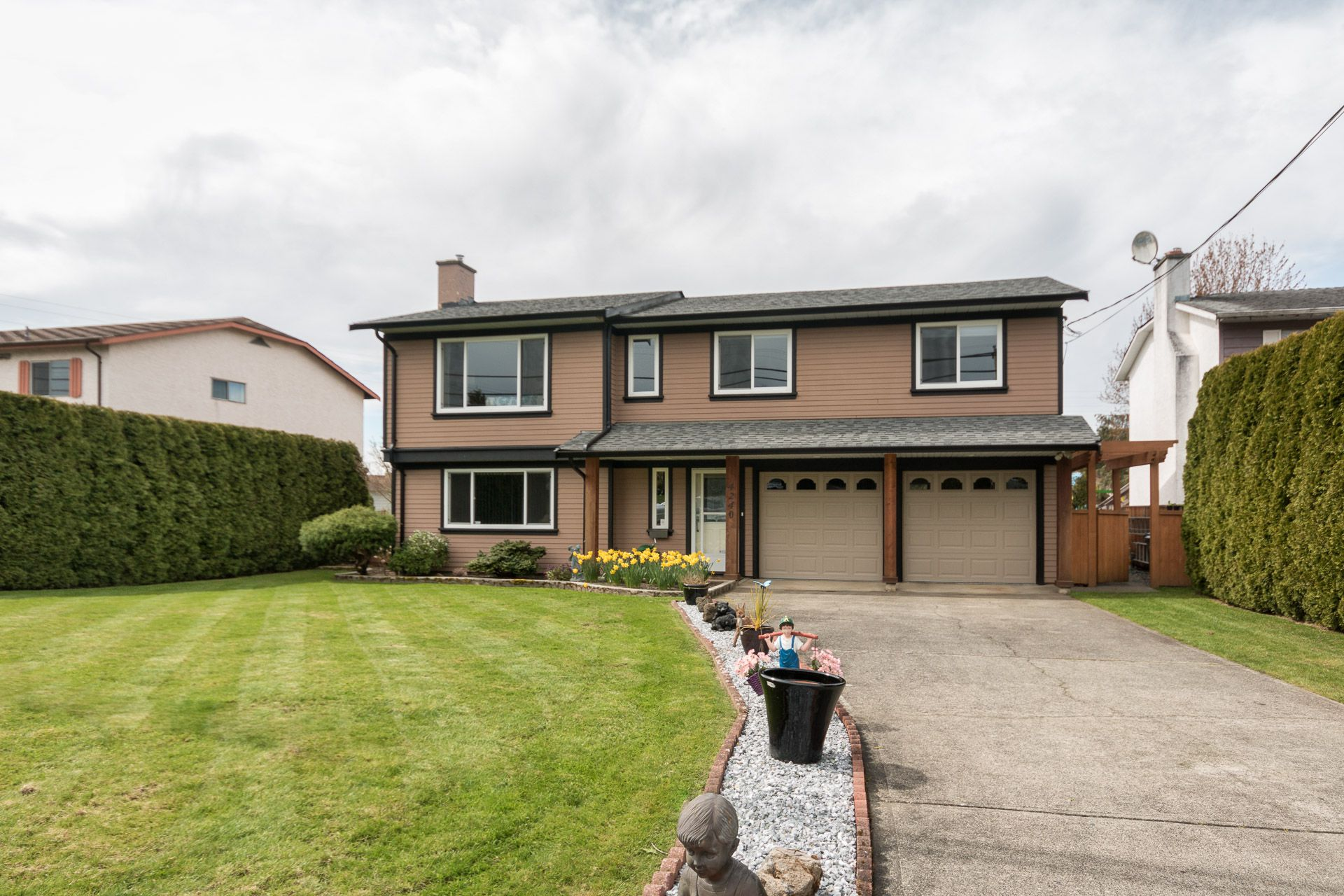 Main Photo:  in VICTORIA: SW Northridge Single Family Detached for sale (Saanich West)  : MLS®# 405796