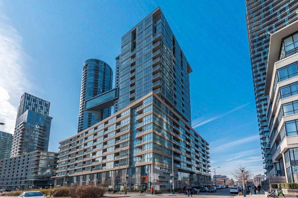 Main Photo: 723 10 Capreol Court in Toronto: Waterfront Communities C1 Condo for sale (Toronto C01)  : MLS®# C4477531