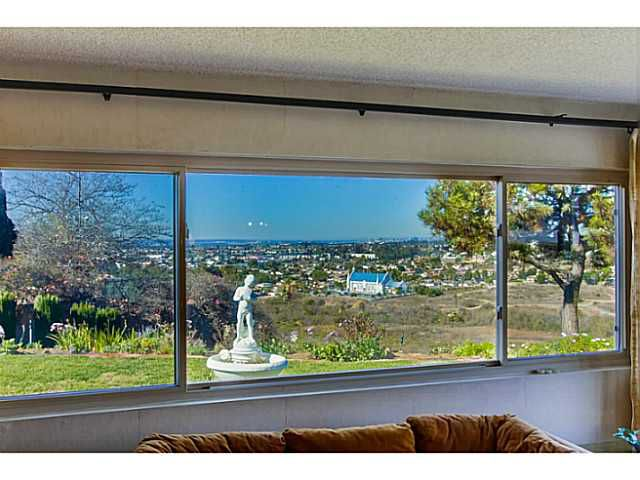 Main Photo: SAN DIEGO House for sale : 3 bedrooms : 4344 Murrieta Circle