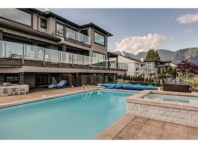 """Main Photo: 1026 EYREMOUNT Drive in West Vancouver: British Properties House for sale in """"BRITISH PROPERTIES"""" : MLS®# V1062352"""