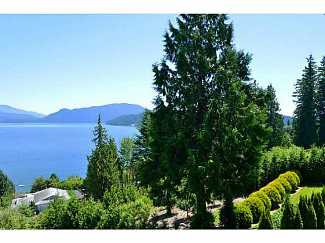 Photo 4: Photos: 1236 ST ANDREWS Road in Gibsons: Gibsons & Area House for sale (Sunshine Coast)  : MLS®# V1103323