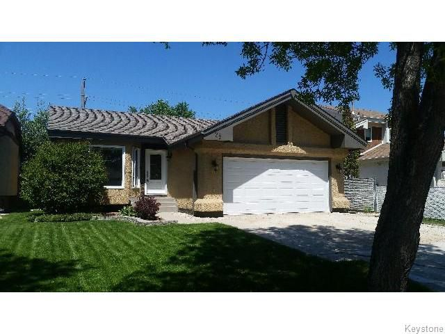 Main Photo: 23 Hedgestone Crescent in WINNIPEG: St Vital Residential for sale (South East Winnipeg)  : MLS®# 1513821