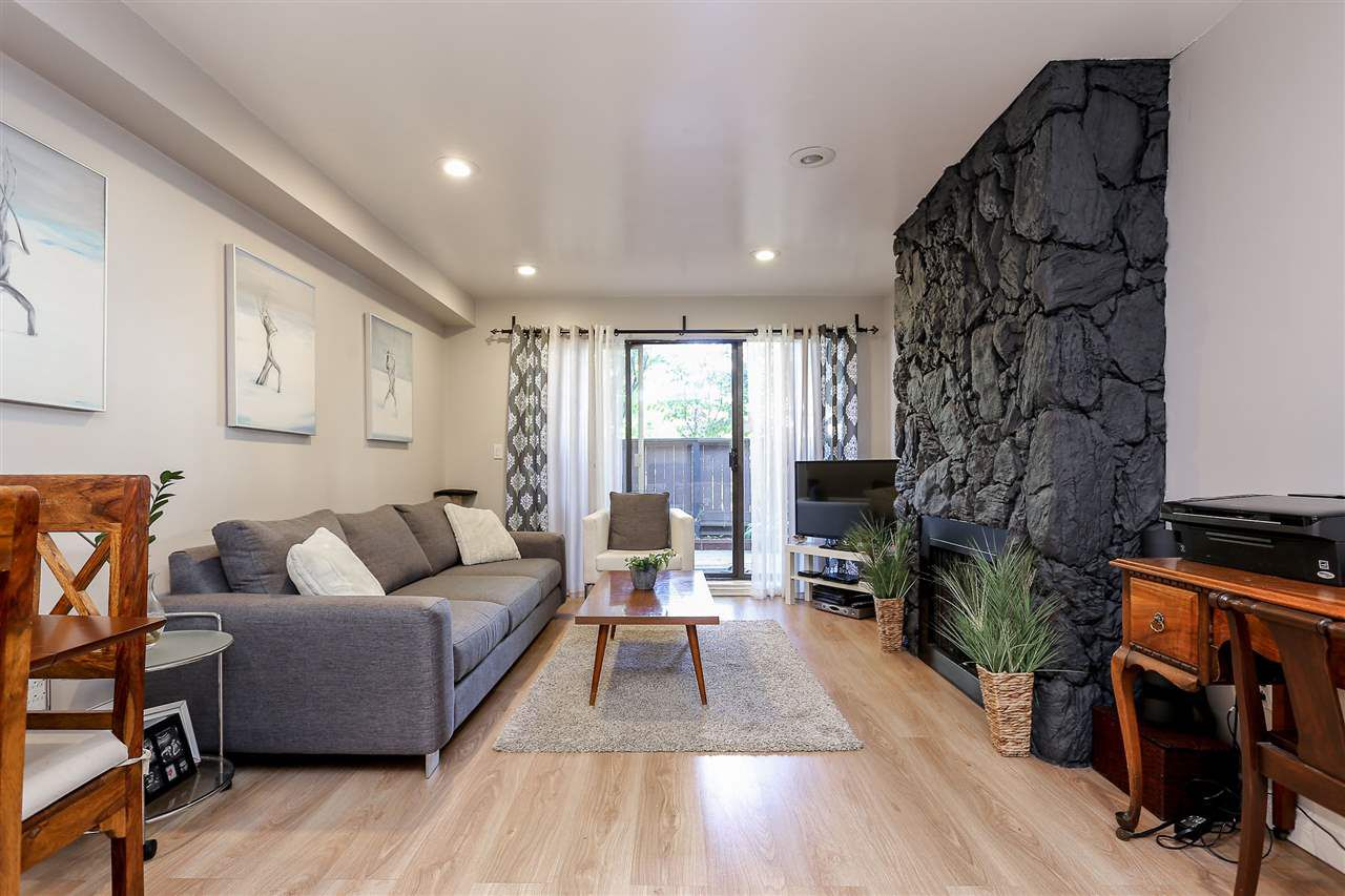 """Main Photo: 103 1484 CHARLES Street in Vancouver: Grandview VE Condo for sale in """"LANDMARK ARMS"""" (Vancouver East)  : MLS®# R2013401"""