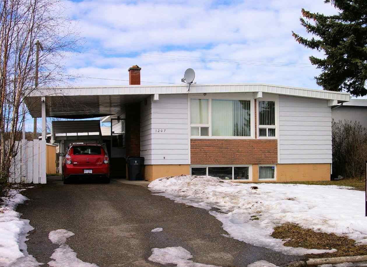 Main Photo: 1207 JOHNSON Street in Prince George: Central House for sale (PG City Central (Zone 72))  : MLS®# R2036970