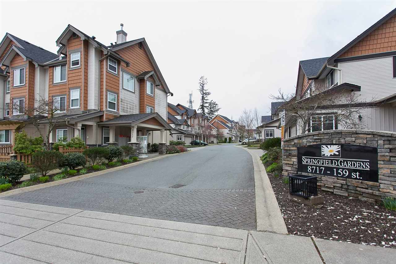 "Main Photo: 22 8717 159 Street in Surrey: Fleetwood Tynehead Townhouse for sale in ""Springfield Gardens"" : MLS®# R2043082"